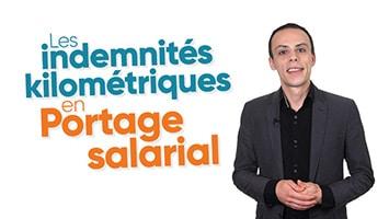 Homme présentant les indemnités kilométriques en Portage salarial