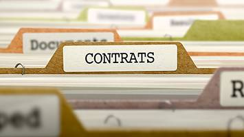 """Titre """"Contrats"""" sur une étiquette d'intercalaire"""