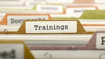 """Un intercalaire avec le mot """"Training"""""""